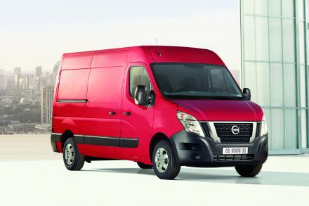 Nissan Nv400 F35 L2 Diesel 2.3 dci 135ps H1 Tekna Chassis Cab
